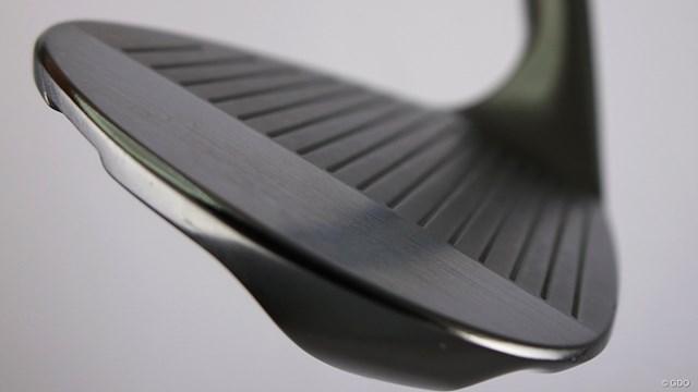 ラズルダズル CS-05Wを西川みさとが試打「出っ歯好きなら顔◎」 軟鉄 (S-20C) を使用した一体鍛造+CNCミルド製法