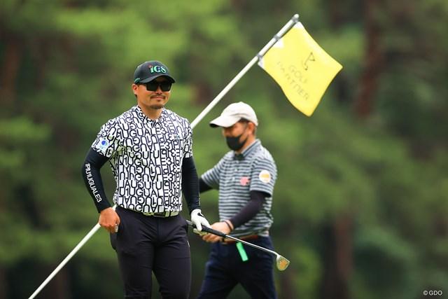 2021年 ゴルフパートナー PRO-AMトーナメント 初日 梅山知宏 thank you smile