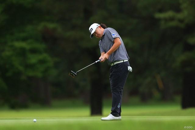 2021年 ゴルフパートナー PRO-AMトーナメント 2日目 大槻智春 大槻智春はエースのピン型からマレット型に替えたパターでバーディを量産した