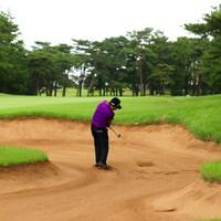 Hole9 par5 548yards bunker shot 2021年 ゴルフパートナー PRO-AMトーナメント 2日目 池田勇太