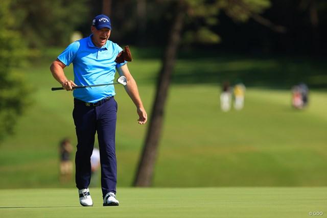 2021年 ゴルフパートナー PRO-AMトーナメント 4日目 ショーン・ノリス タオル大好きノリス