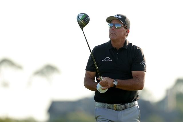2021年 全米プロゴルフ選手権  2日目 フィル・ミケルソン 新ドライバーでメジャー最年長優勝を果たしたフィル・ミケルソン※写真は大会2日目(Stacy Revere/Getty Images)