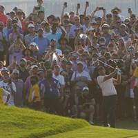 大群衆が取り囲んだ最終18番は異様な雰囲気だった(撮影/田邉安啓) 2021年 全米プロゴルフ選手権 4日目 ブルックス・ケプカ