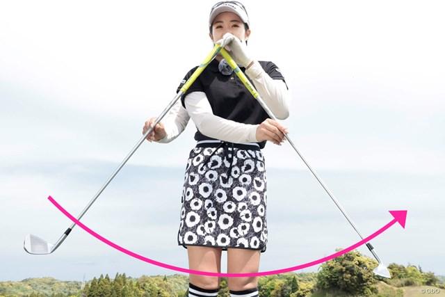練習場とコースで異なるスイングの落とし穴 大江香織 目的はヘッド軌道を安定させること