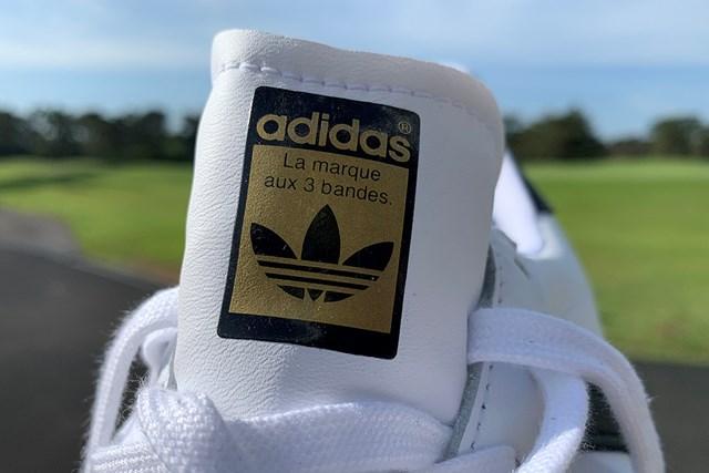 アディダスの名作シューズをゴルフ場で履いてみた 「オリジナルスSS ゴルフ」のシュータン