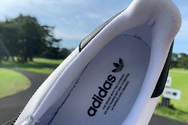 アディダスの名作シューズをゴルフ場で履いてみた 「オリジナルスSS ゴルフ」のインソール