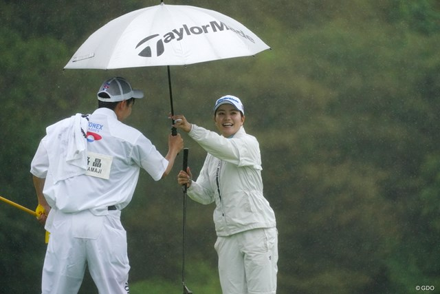 2021年 ヨネックスレディスゴルフトーナメント 初日 山路晶 雨の中で安定したプレーを見せた