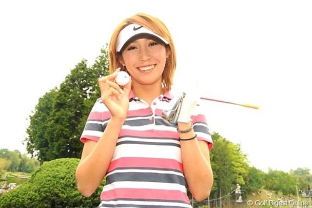 2010年 中京テレビ・ブリヂストンレディスオープン 2日目 金田久美子 金田久美子が競技では初となるホールインワンを達成! 地元で大歓声に包まれた