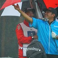 雨で嬉しそうに見えるんですけど。 2021年 日本ツアー選手権 森ビル杯 Shishido Hills 2日目 正岡竜二
