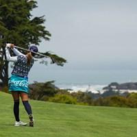 第1ホール2打目は晴れるとサンフランシスコ湾が望む方向へのショット 2021年 全米女子オープン 初日 三宅百佳
