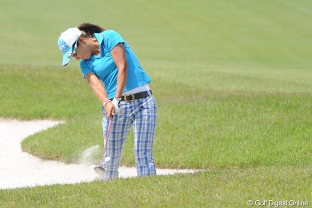 2010年 中京テレビ・ブリヂストンレディスオープン 2日目 藤本麻子 平成アーコはなんとか踏ん張ってパープレー。勝負は明日でんがな!4位T