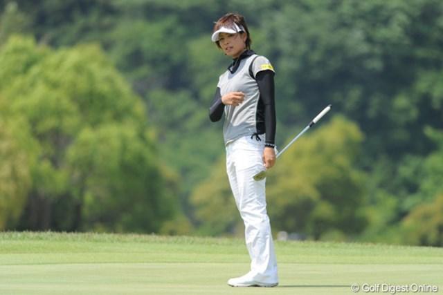 2010年 中京テレビ・ブリヂストンレディスオープン 2日目 森田理香子 ひとつ伸ばして3打差の2位タイ。平成リカコーの真価は明日問われます。いやホンマ