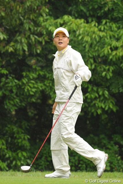 2010年 中京テレビ・ブリヂストンレディスオープン 最終日 金ナリ 後半まくって首位・不動に2打差まで迫った韓流ビューティ。やっぱ強いですワ・・・