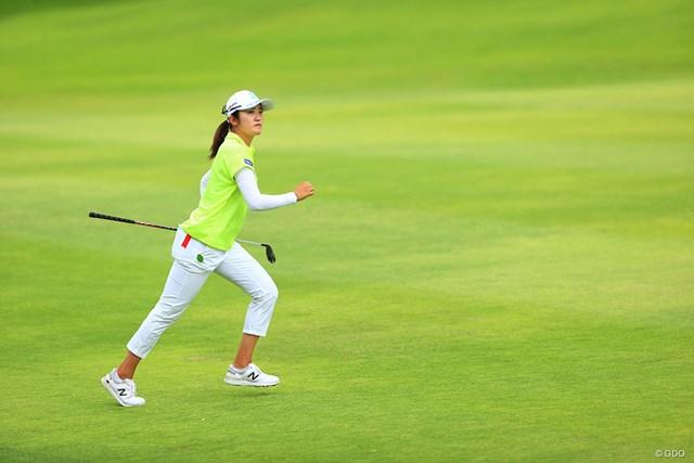 2021年 宮里藍サントリーレディスオープンゴルフトーナメント 3日目 稲見萌寧 ツアー8勝目を目指す稲見萌寧