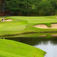 Hole3 par3 196yards third shot 2021年 宮里藍サントリーレディスオープンゴルフトーナメント 3日目 フォン・スーミン