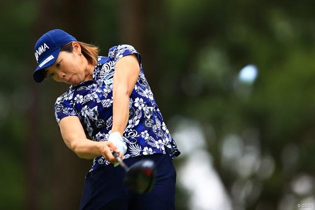 2021年 宮里藍サントリーレディスオープンゴルフトーナメント 3日目 葭葉ルミ Hole2 par4 371yards tee shot