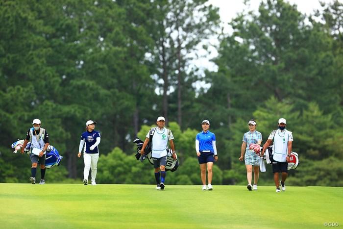 横一列 2021年 宮里藍サントリーレディスオープンゴルフトーナメント 3日目 比嘉真美子