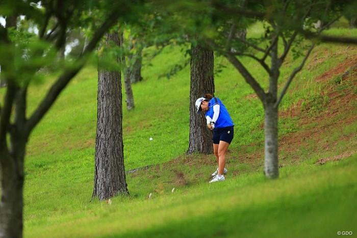 Hole15 par4 356yards second shot 2021年 宮里藍サントリーレディスオープンゴルフトーナメント 3日目 比嘉真美子