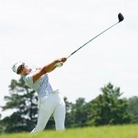 18番でティショットを放つ 2021年 KPMG全米女子プロゴルフ選手権 2日目 渋野日向子
