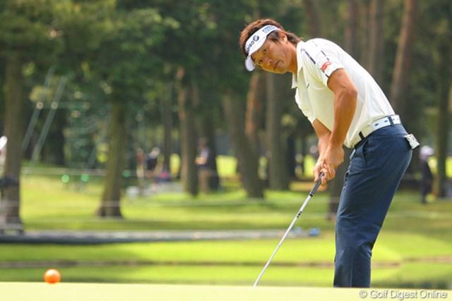2010年 ダイヤモンドカップゴルフ 初日 宮本勝昌 1番でイーグルを奪った宮本勝昌は、その後2ストローク伸ばして4アンダー5位タイ