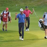 8ホールに及ぶサドンデスを演じたハリス・イングリッシュとクラマー・ヒコック(Ben Jared/PGA TOUR via Getty Images) 2021年 トラベラーズ選手権  最終日 ハリス・イングリッシュ クラマー・ヒコック