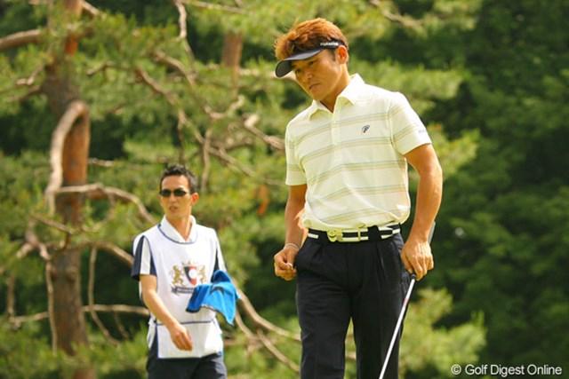 2010年 ダイヤモンドカップゴルフ 初日 丸山茂樹 斉藤キャディとの懐かしいコンビで試合に挑む丸山茂樹。初日3アンダー10位タイとまずまずのスタート