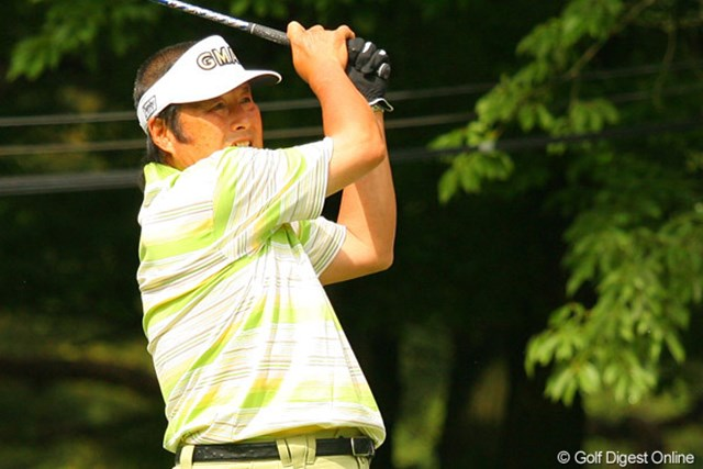 2010年 ダイヤモンドカップゴルフ 初日 尾崎将司 久しぶりのAON揃い踏みに、ジャンボが1アンダー32位タイと気を吐いた