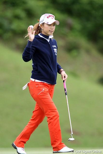 2010年 ヨネックスレディスゴルフトーナメント 初日 上田桃子 今日はバーディ2つでした