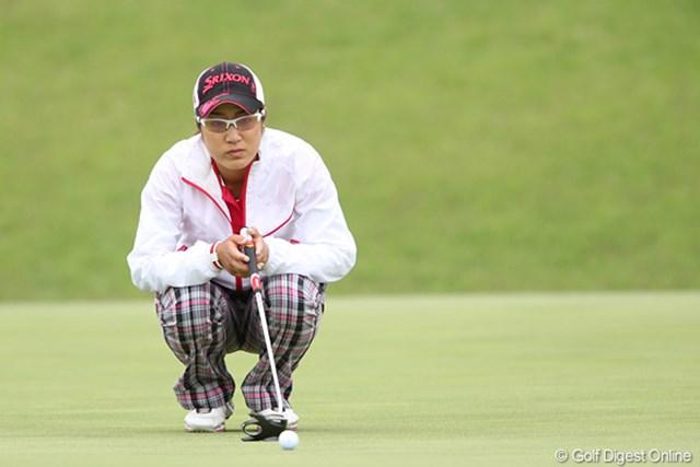 2010年 ヨネックスレディスゴルフトーナメント 初日 藤本麻子 Happy Birthday! 今日のディナーは何にしようかな