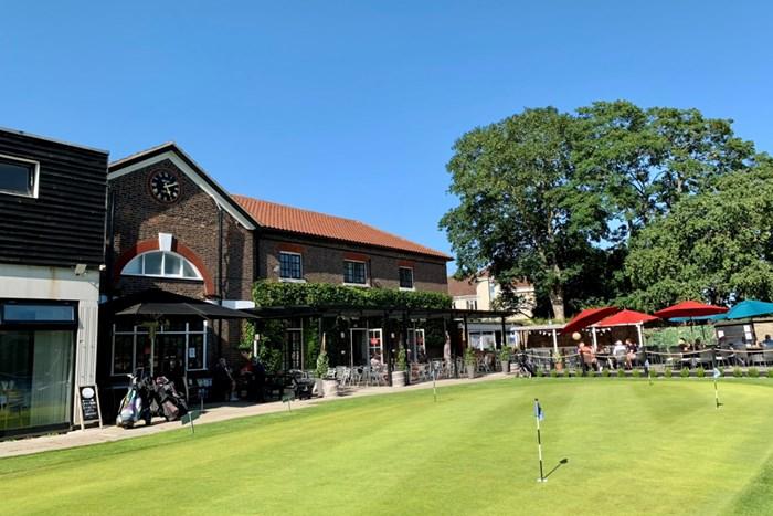 ロンドン近くのゴルフ場に突撃! 2021年 ガレス・ベイル カズーオープン 事前 ロンドンのゴルフ場