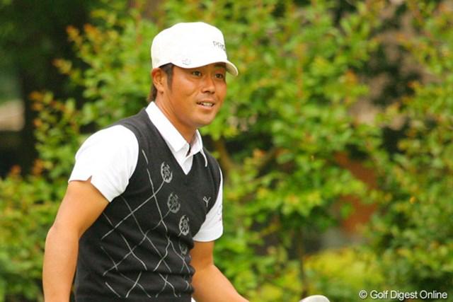 2010年 ダイヤモンドカップゴルフ 3日目 谷原秀人 ボギーを3つ叩きながらも7アンダー6位タイで踏ん張っている谷原秀人