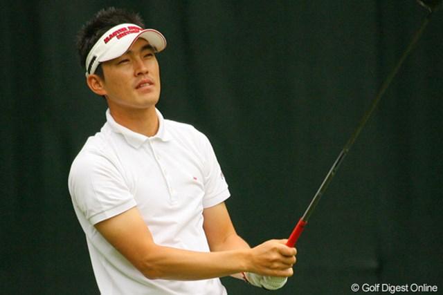 2010年 ダイヤモンドカップゴルフ 3日目 金亨成 首位の金に負けじとスコアを伸ばす金亨成。最終日は最終組の1つ前でラウンドする