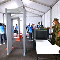 ここが私たち関係者の入口。自衛隊の方々は逞ましく安心感があります。日本の誇りですね。 2021年 東京五輪 事前 オリンピック