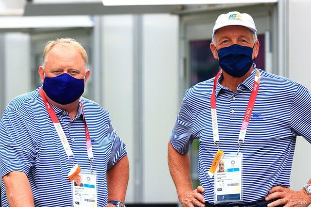 2021年 東京五輪  事前 コースセッティング担当 IGFとしてコースセッティングを担当するデイビッド・ガーランド氏(左)とケリー・ハイ氏