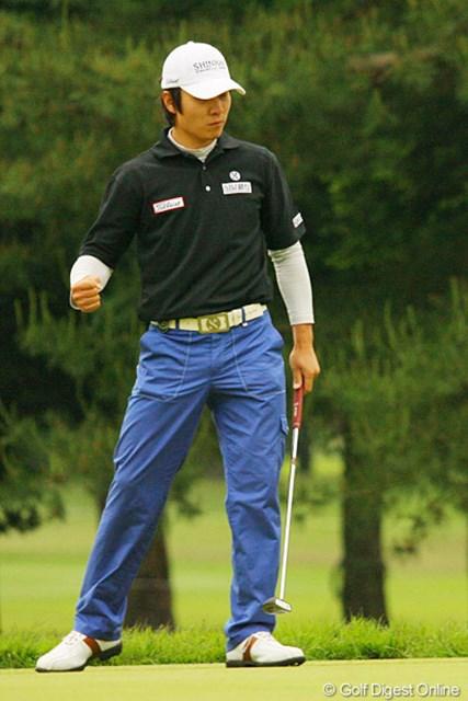 2010年 ダイヤモンドカップゴルフ 3日目 金庚泰 17番で4連続バーディを決めた金庚泰