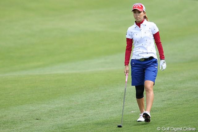 2010年 ヨネックスレディスゴルフトーナメント 最終日 上田桃子 天候に助けられ無事にこの日のラウンドをこなしたが、膝に不安を抱えたままの上田桃子