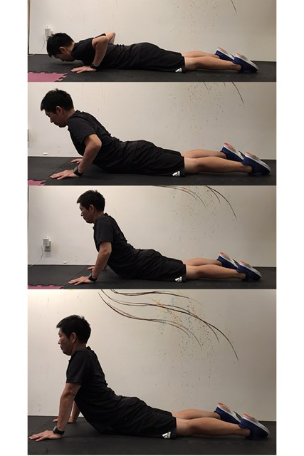 ストレッチ3 腕たせ伏せのような動作で腰をストレッチ