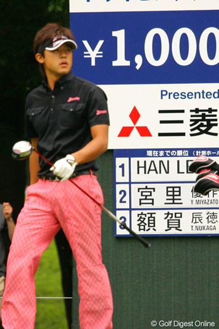 2010年 ダイヤモンドカップゴルフ 最終日 額賀辰徳 飛ばしには自信を持つ額賀辰徳だが、今大会のドライビングディスタンスは3位に終わった