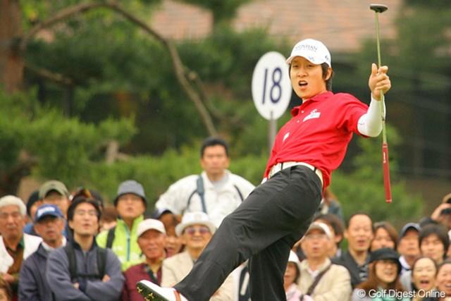 2010年 ダイヤモンドカップゴルフ 最終日 金庚泰 こちらも格好良くバーディで優勝を決めたかった金庚泰。惜しくも外れたが嬉しいツアー初優勝