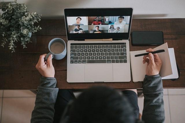 オンライン会議 どこからでも会議に参加可能な時代に(Getty Images)