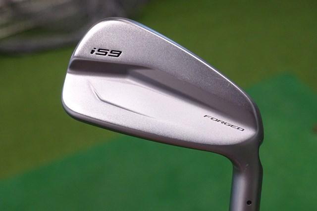 新製品レポート ピン i59 アイアン ブレードのような見た目のヘッドに新技術が詰まった「i59 アイアン」を試打