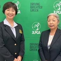 会見を行った小林浩美会長(左)と松尾恵大会実行委員長(提供:JLPGA) 2021年 日本女子プロゴルフ選手権大会コニカミノルタ杯 事前 小林浩美 松尾恵