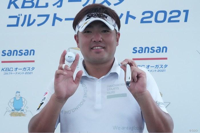 人生初のアルバトロスを達成した秋吉翔太 2021年 Sansan KBCオーガスタゴルフトーナメント  2日目 秋吉翔太