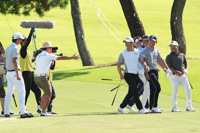 2021年 Sansan KBCオーガスタゴルフトーナメント  3日目 星野陸也 石川遼 全選手のうち2番目に打った星野が14cmを出し、ほかの選手は「もう帰ろう」