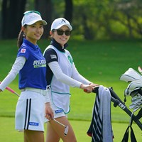 絵になる姉妹だなぁ。 2021年 ニトリレディスゴルフトーナメント 3日目 安田祐香