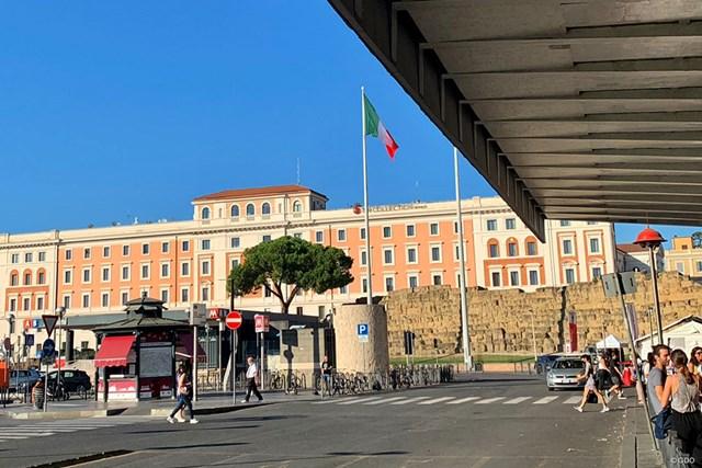 2021年 イタリアオープン 事前 ローマ中央駅 電車で来ましたローマ駅。今週はイタリアオープンに出場します