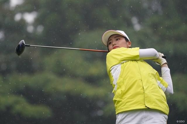 2021年 ゴルフ5レディス プロゴルフトーナメント 初日 桑木志帆 プロデビュー戦の桑木志帆。渋野日向子と同じ岡山県出身