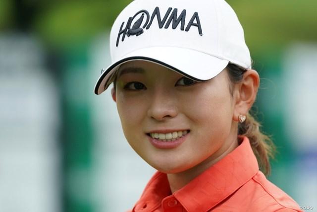 2021年 ゴルフ5レディス プロゴルフトーナメント 2日目 吉川桃 8アンダーフィニッシュ、ナイスゲーム