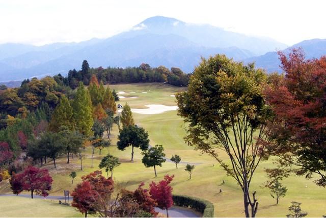 明智ゴルフ倶楽部 ひるかわゴルフ場 中央アルプスの山々も眺めながらプレーができる(画像提供:明智ゴルフ倶楽部 ひるかわゴルフ場)