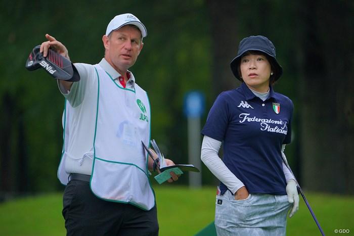 あら、珍しいコンビ。 2021年 日本女子プロゴルフ選手権大会コニカミノルタ杯 初日 大山志保